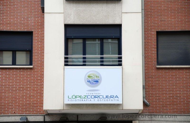 Visítanos en nuestra Clínica ubicada en Burgos 5